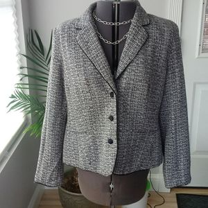 Covington Tweed Blazer w/ Contrasting Piping